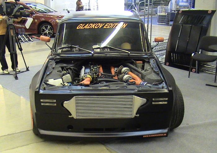 ВАЗ-2105 получил «автомат» и мотор от Nissan Skyline