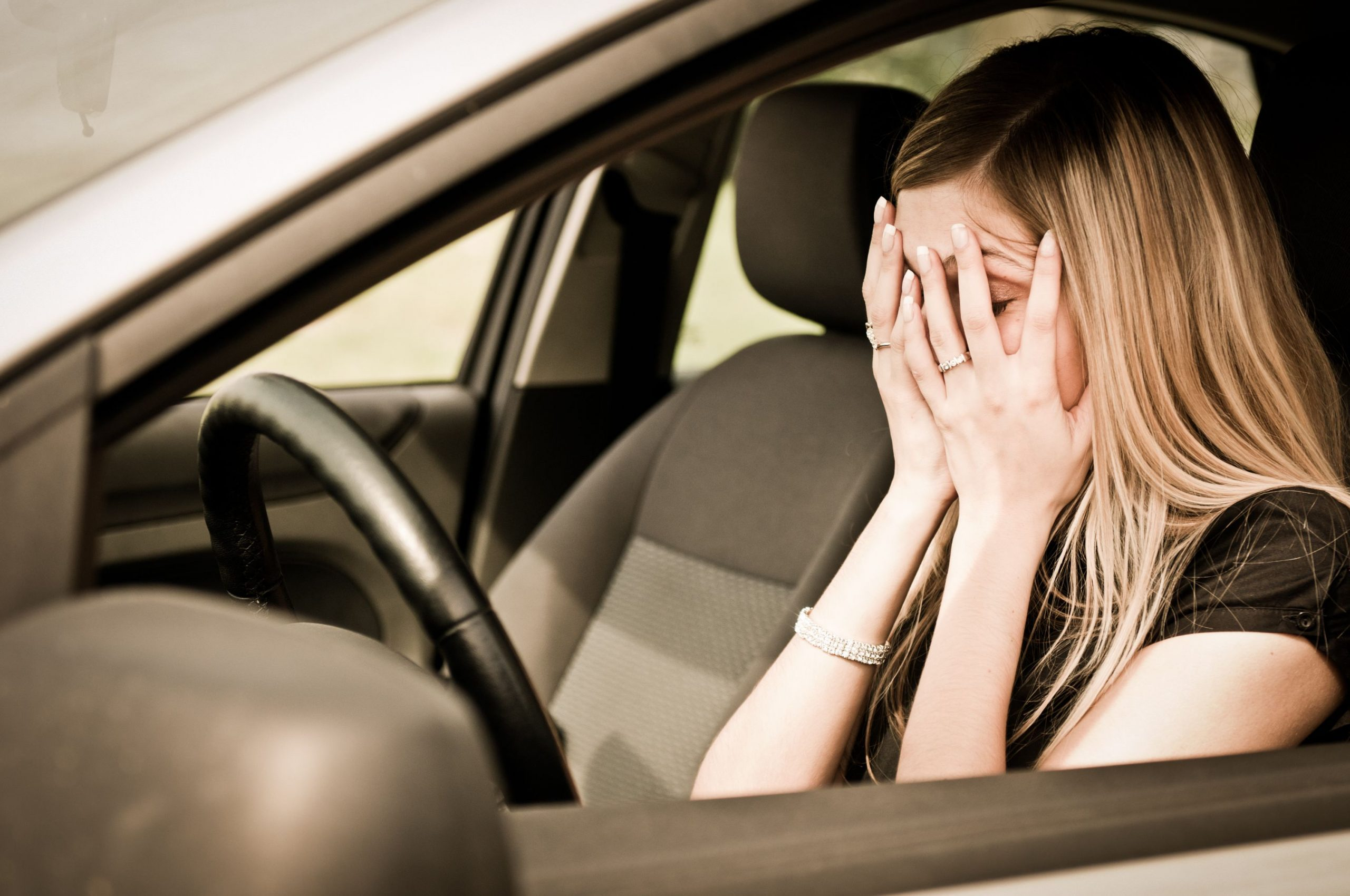 Ошибки женщин за рулем