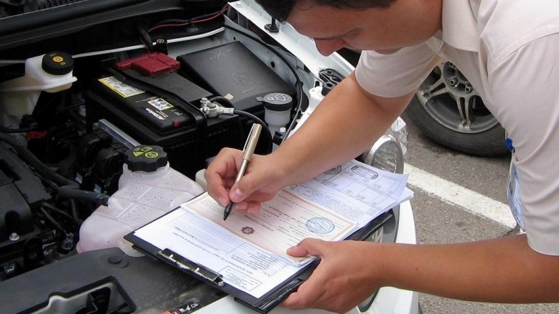 Как снять с учета аварийный автомобиль, который не подлежит восстановлению?