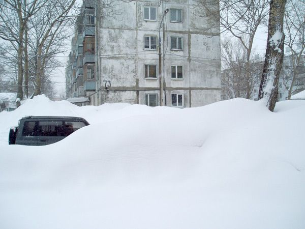 Что делать автомобилисту в условиях снегопада…