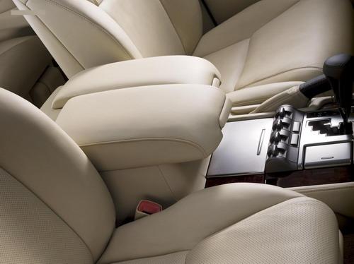 Lexus LX570 (10 фото)