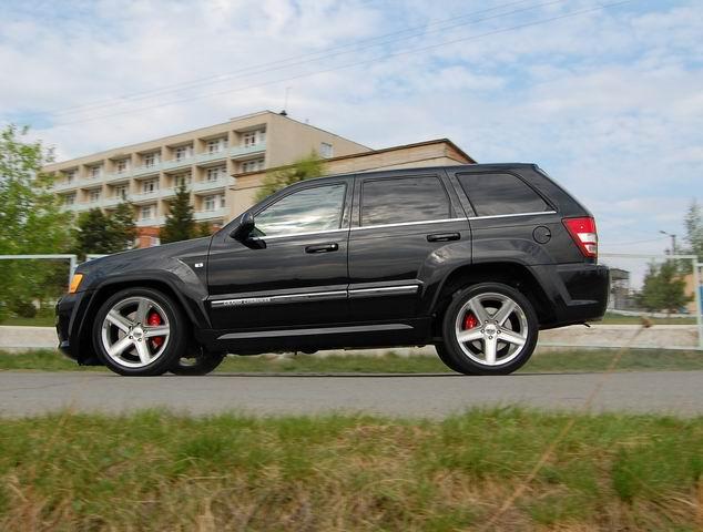 Jeep Grand Cherokee, от которого «мутит»