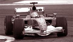 В популярнейших королевских автогонках Formula 1 участвуют только заднеприводные болиды