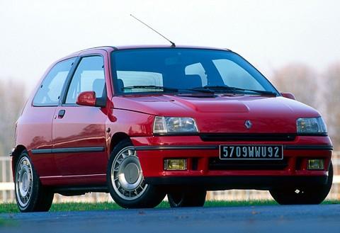 DRIVE-TEST: Выясняем, на чьей стороне Renault Clio RS