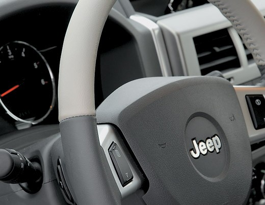 Все недостатки Jeep Cherokee в одной статье
