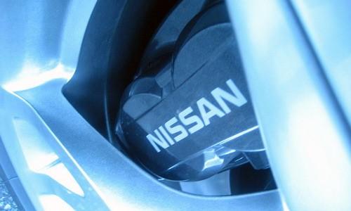 Nissan продолжает штамповать шедевры
