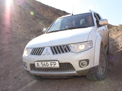 Тест-драйв Mitsubishi Pajero Sport New: 100% внедорожника