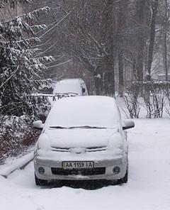 Куда ставить машину зимой