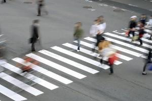 ГИБДД разъяснила правила проезда пешеходной «зебры»