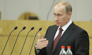 "В. Путин разрешил сдавать экзамен на права на машинах с ""автоматом"""