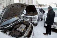 Как запустить двигатель от аккумулятора другого автомобиля?