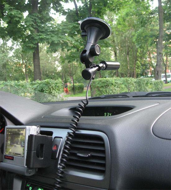 ГИБДД: Автомобильный видеорегистратор - непредвзятый свидетель любого происшествия