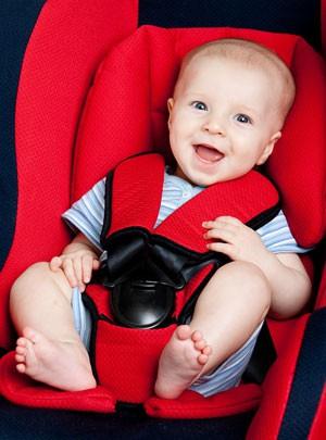 Автокресла для детей: 50% детей ездят не в них