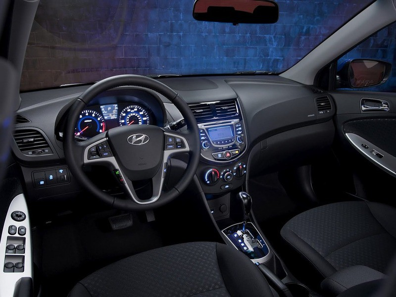 Опубликован список лучших интерьеров автомобилей за 2012 года