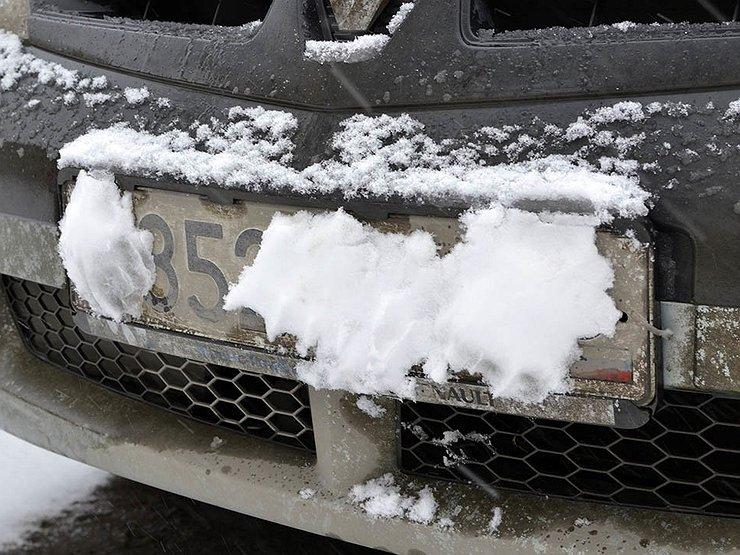 Как избежать штрафа за нечитаемые госномера зимой