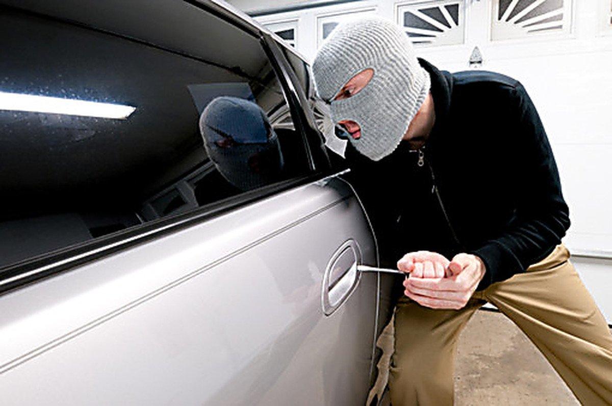 ГИБДД: 10 правил, страхующих авто от угона