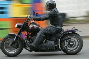 Возраст для управления мотоциклом и мопедом