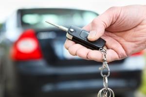 Можно ли забрать машину со штрафстоянки без хозяина