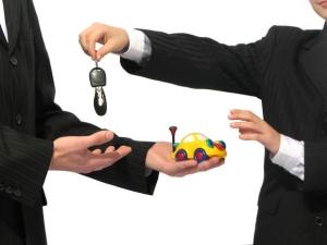 Как происходит переоформление автомобиля при покупке без снятия с учета