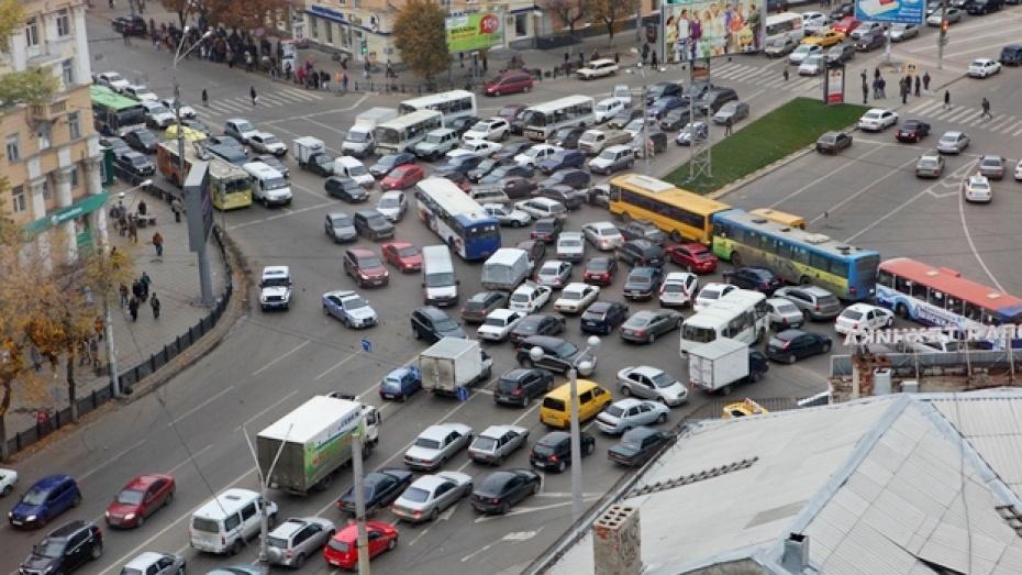Обгон на перекрестке по главной дороге