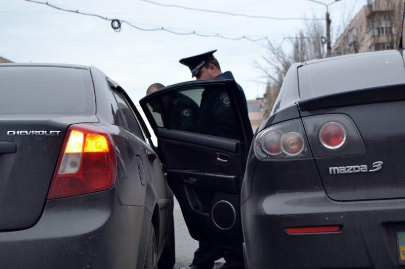 дтп из-за открытой двери авто