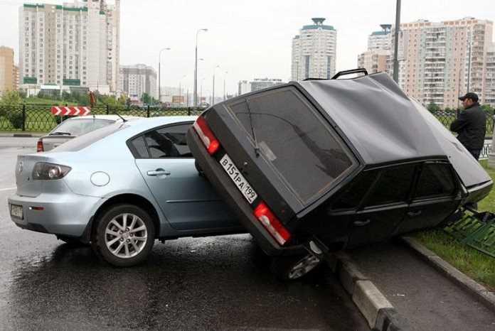 Как применять правило ПДД «Помеха справа» на дороге, ориентирование во дворе