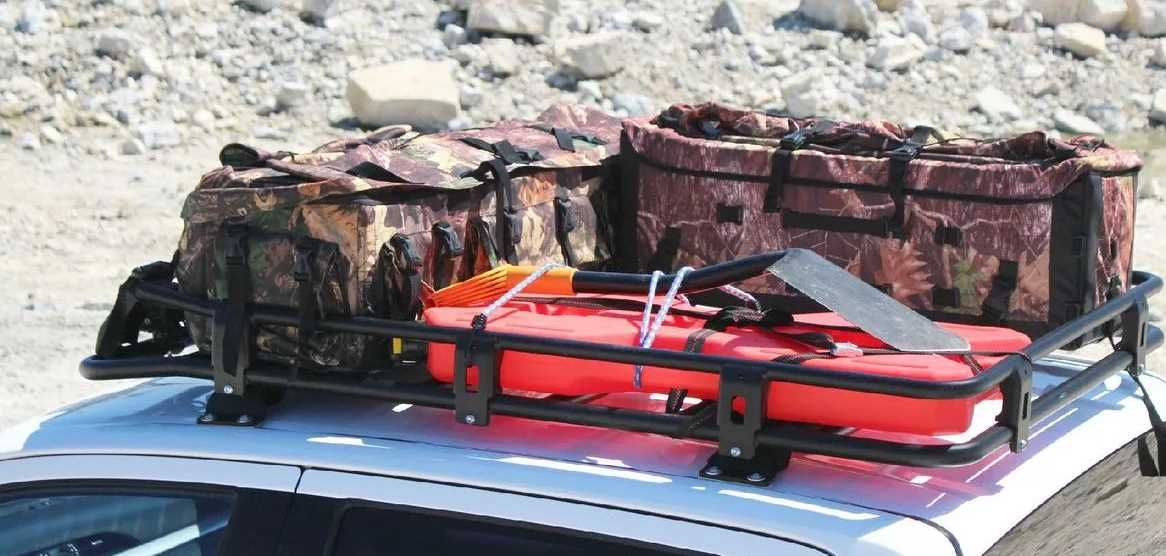 За что ГИБДД штрафует за багажник на крыше авто?