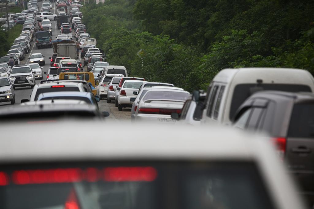 Страховщики начали устанавливать стоимость полиса автогражданки для каждого водителя